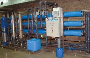 Priemyselná reverzná osmóza s výkonom do 24m³ demineralizovanej vody za hodinu.