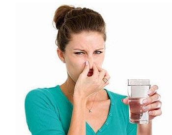 Zápach a chuť vody